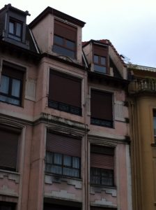 Ventanas en buhardilla, piso en Bilbao